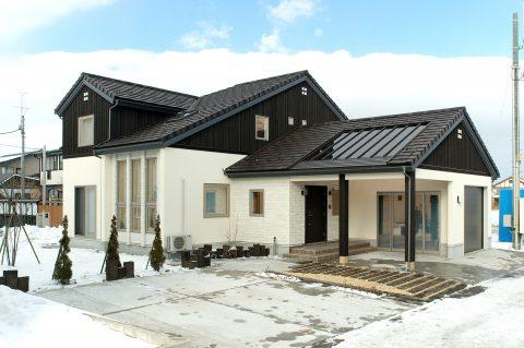 陽と光が調和する家