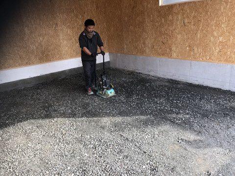 ガレージの施工