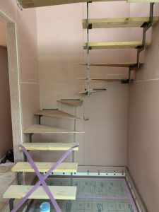 階段調整中です!