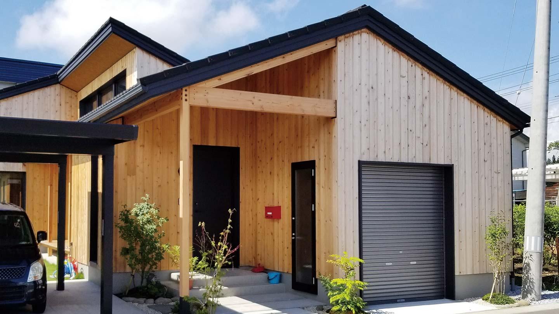 木製の外壁で経年変化が楽しみ